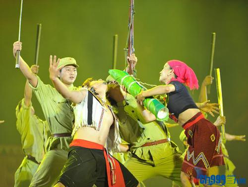 景颇绿叶盛宴,民间群众歌手演唱会,民族团结联欢歌舞,景颇族龙尚文化图片